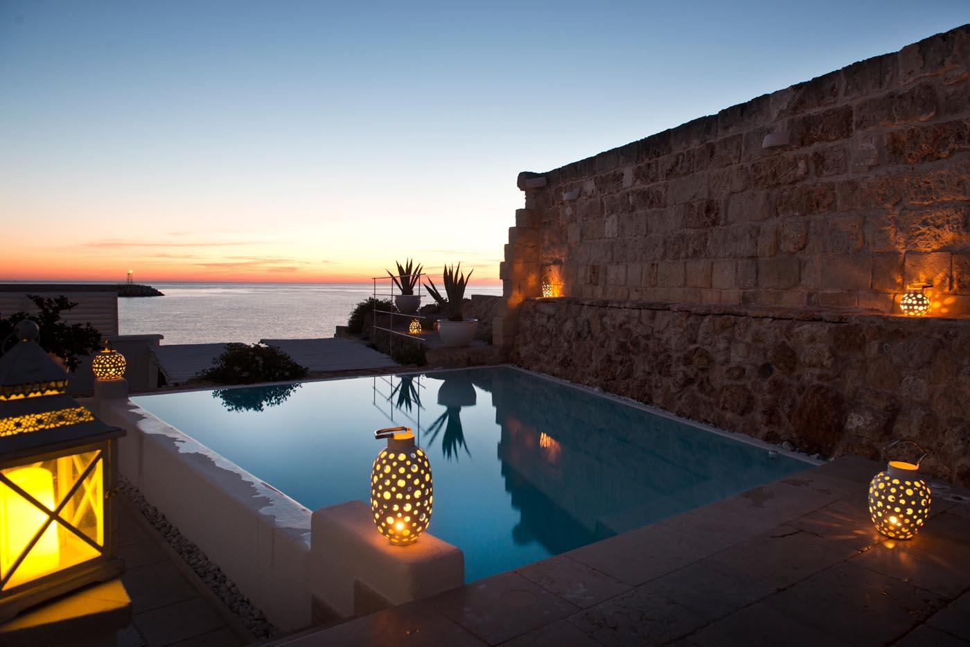 Apulia-pool-view