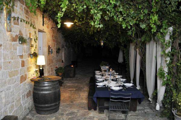Dinner-Masseria-Apulia