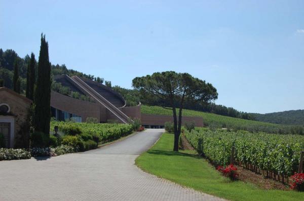 Argiano tour Petra winery